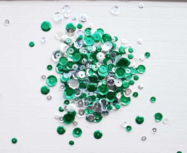 Sequin Mix Frosted Pine